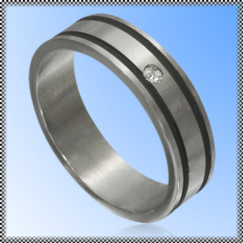 Steel Ring with zirconia and rubber