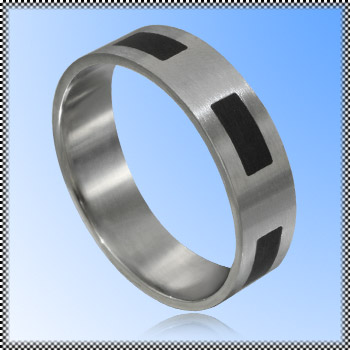 Steel ring with enamel